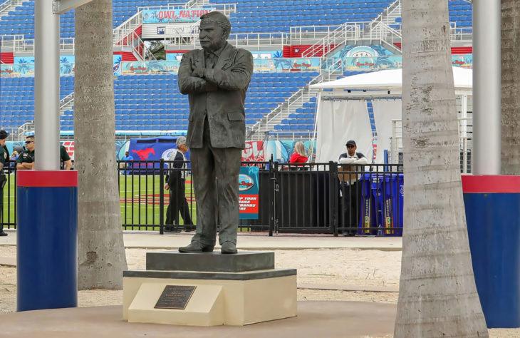 Legendary Football Coach Howard Schnellenberger Passes Away At 87