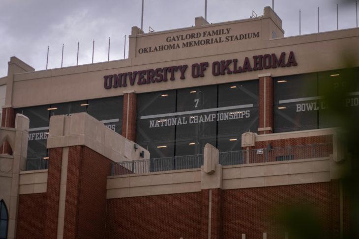 Barry Switzer Comments On Oklahoma's SEC Move; Takes Random Shot At Kansas